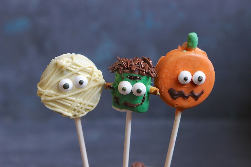 Easy DIY Frankenstein, Mummy and Pumpkin pops to kick-off Halloween.